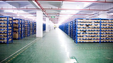 Well-managed warehouse and automated machines